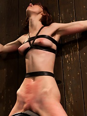 Kink fan gets her 1st shoot, chooses Device as her first! Pain is delivered. Pleasure is extracted!